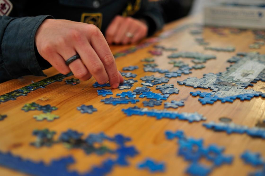 jigsaw_puzzle_01_by_scouten.jpg
