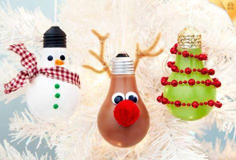 the-best-homemade-christmas-ornaments-diy-kids-holiday-crafts-42